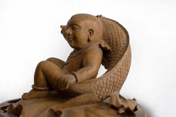 木雕鯉魚與孩童 S202000016 側